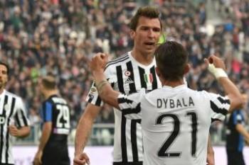 Mandzukic.Dybala.Juventus.Atalanta.esultanza.2015.16.356x237